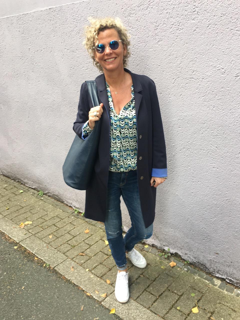 0d78b9dec74554 Sportliche outfits frauen. Komplette Outfits Kaufen Frauen. 2019-02-03