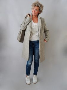 Outfit Frauen ueber40, Herbstmode, women2style