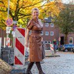women2style, Lederkleid